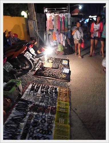ถนนคนเดิน ตลาดเก่าบ่อผุด เกาะสมุย สุราษฎร์ธานี
